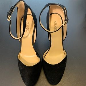 Michael Kors black suede heel size 9